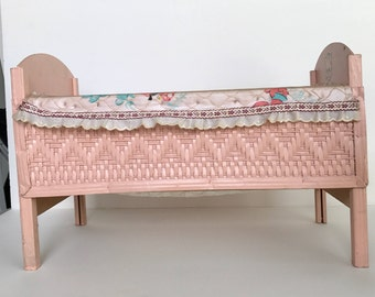 Cute Vintage 1950's Doll Bed / Antique Pink Doll Furniture with Kittens