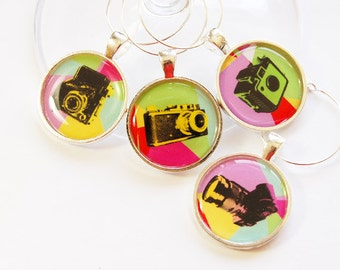 Wine Glass Charms, Photography Wine Charm, Camera Charms, Wine Charms, table setting, entertaining, gift for photographer (3039)