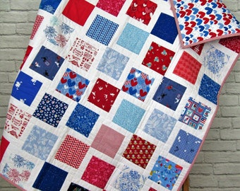Red White and Blue Baby Quilt - Modern Baby Quilt - Modern Toddler Quilt - I Spy Quilt