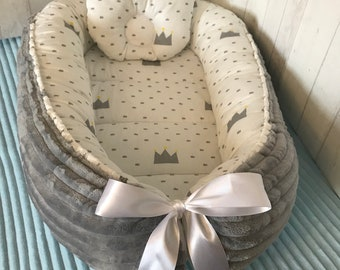 Sale!!!Ready to ship!Babynest+pillow