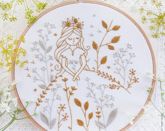 Modern hand embroidery, Embroidery kit - Gold & Gray Princess - Wall Decor, Hand embroidery, Diy kit