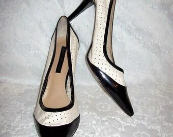 Vintage Ladies Black & White Leather Spectator Pumps w/ Stilletto Heel by Bandolino Size 8 1/2  Only 14 USD