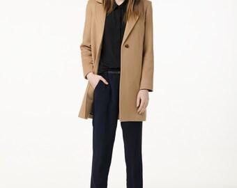 Regular fit camel coat / short spring coat / camel wool coat