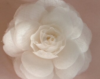 silk flower pin, silk flower comb, silk flower brooch, silk flower belt, fabric flower comb, fabric flower brooch, fabric flower belt
