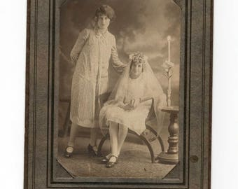 vintage 1920s communion photo