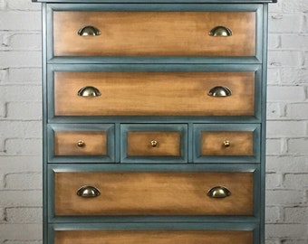 Sold Sold Sold Chest of drawers