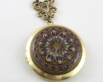 Filigree Locket, Violet Filigree Flower Brass Locket Photo Locket, Valentine Gift For Her, Wedding Locket Picture Locket