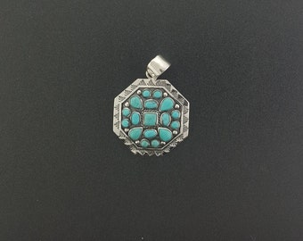 Southwest Kingman turquoise cluster Sterling silver pendant