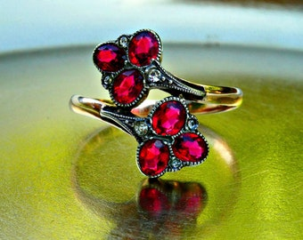 Antique Victorian 9ct 9k Gold Garnet Paste Wrap Design Floral Ring, January Birthstone Ring Size 8 UK Q