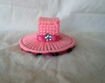 Small pink top hot barrette