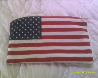 patriotic coin purse, red, white and blue, zipper, american flag