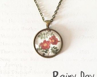 Vintage Flower Print Pendant Necklace