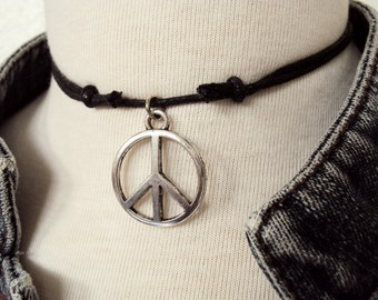 Large Peace Symbol Choker Necklace ~ Peace Sign Necklace ~ Bohemian Jewelry ~ Hippie Choker ~ Boho Choker ~ Hippie Necklace ~ Boho Necklace