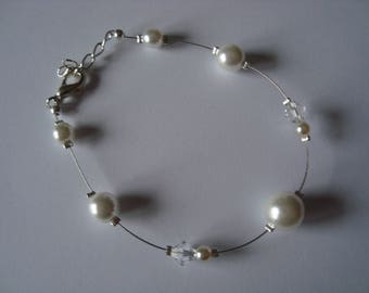 Pearly white color wedding bracelet