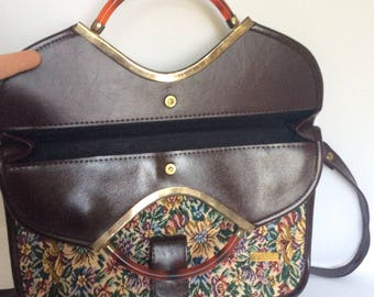 Large vintage 80's tapestry cross body handbag.