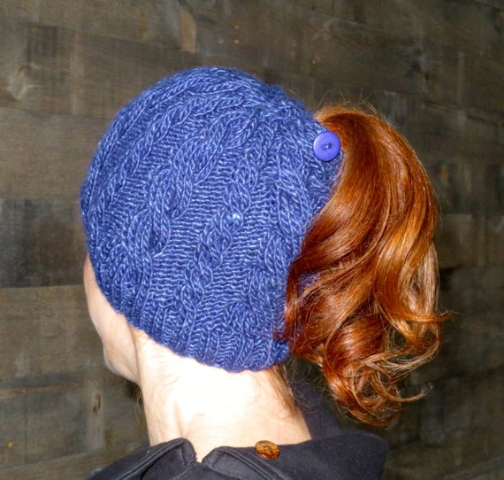 Double Cable Ponytail Hat / Messy Bun Hat knitting pattern /toque / beanie / best ponytail hat/ cable knitted hat pattern