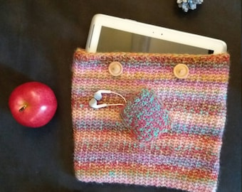 Protective sleeve for tablets, handmade crocheted multicolor woolen