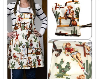 Unisex BBQ  Set of 3 Apron  Potholder and Oven Mitt Chef Apron Men Women Alexander Henry Cowgirl