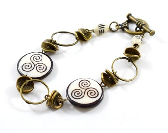 Handmade Bracelet, Brown and White Swirl Bracelet, Beaded Bracelet, Antique Brass Bracelet, Horn Bone Bracelet, Brass Bracelet,Boho Bracelet