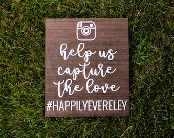 """Personalized Wooden """"Capture the Love"""" Sign"""