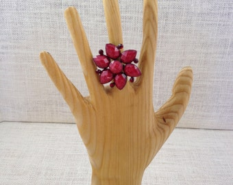Ruby Red Big Vintage Faceted Flower Ring With Rhinestones
