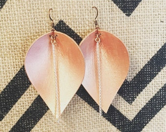Leather pedal earrings with chain