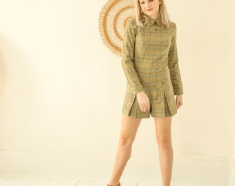 Vintage green plaid romper, long sleeves Peter-Pan collar, sage wool tweed mini dress pleats, wood buttons, pockets, 1970s boho retro XS S