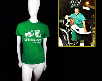 "1970s/80s Flanigan's Bar & Grill ""speakeasy"" T-Shirt (small)"