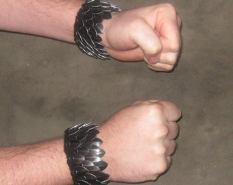 Goth Armor Cuffs in knitted Dragonhide Scalemail size Large