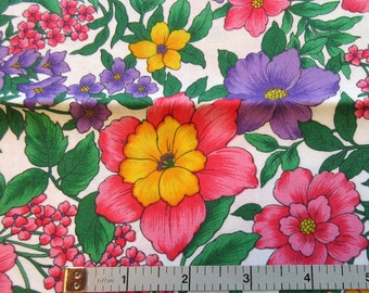 "Hoffman Quilt/Craft Fabric Remnant - ""Country Side"" Pattern - Vintage - Floral - 24"" Remnant"