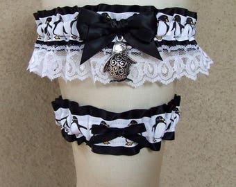 Penguin Garter Set in Black and White with Bird Charm / Cute Tuxedo Christmas Winter Wedding Bridal Prom
