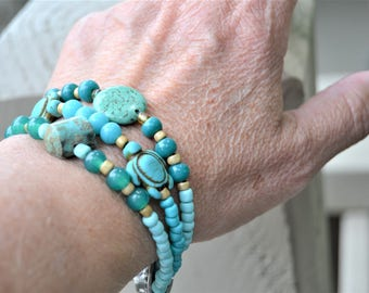 TURQUOISE BEADED Three Strand Bracelet Mixed Green Teal Aqua Beads and Seedbeads with Turtles