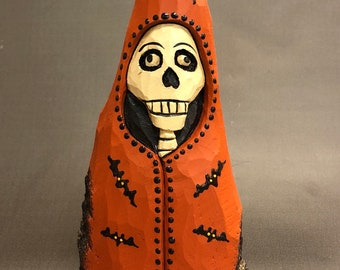 HAND CARVED original Halloween Skelly with bats from 100 year old Cottonwood Bark