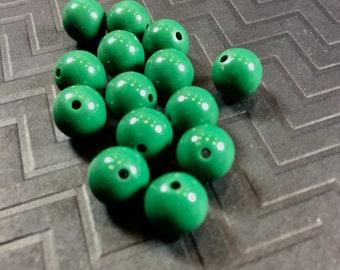 12 mm Runde Vintage Acryl-Perlen in dunklem Grün... 14 ct.