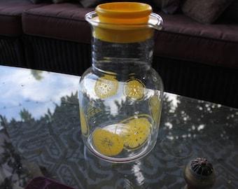 1960's -1970's Vintage Pyrex Lemonade Juice Carafe / Bottle / Pitcher - with Lid - #3515 1 1/2 Quart - Excellent Condition