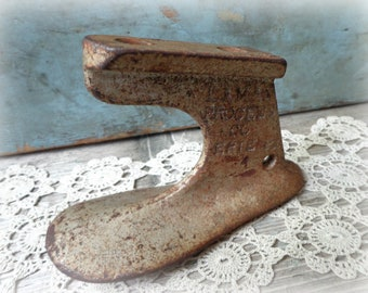 shoe form cast iron cobbler antique anvil tools vintage shoemaker mold Erie PA