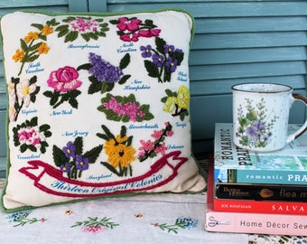 Vintage Handmade Embroidered 13 Original Colonies State Flowers Square Pillow with Green Piping and Zipper. 1970s Avon Creative Needlecraft.