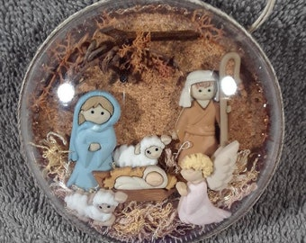 Handmade Nativity Creche of Joseph, Mary & Baby Jesus in a 70mm Disc Ornament