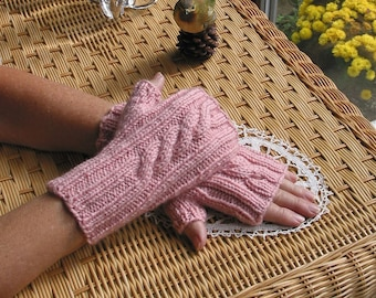 PDF KNITTING PATTERN  Fingerless Cabled Texting Gloves - Instant Download