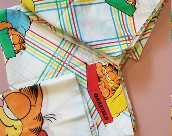 Vintage Carnival Lazy Garfield Twin Sheet Set, Fitted, Flat, Pillowcase Multi-colored Plaid Print