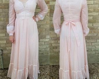 Gunne Sax dress small medium pink maxi lace 1970s boho women's clothing