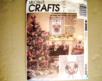 A Country Angel Christmas McCalls Crafts 4398 Stockings Ornaments Wreath Wall Hanging Tree Topper Tree Skirt Mailbox Mail Box (was P438)