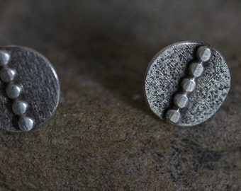 sterling silver discs studs. rustic. textured. oxidized. medieval. silver 925.