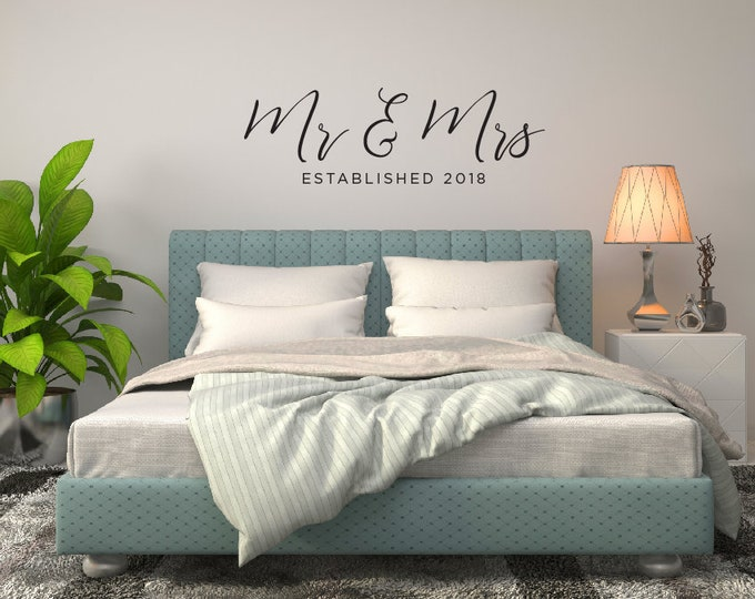 Mr & Mrs Wall Decal, Bedroom Wall Decor, Established Date Decal, Modern Calligraphy Wall Decal, Wedding Gift Idea, Wall Art, Vinyl Decal