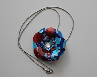Raspberry Peace Tea: Soda Can Flower Necklace