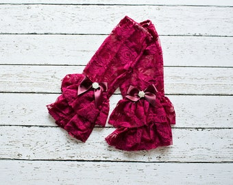Lace Leg Warmers, Baby Leg warmers, Baby Lace Leg Warmer,  Burgundy Leg Lace Warmer, Boho Leg Warmers with an embellished bow