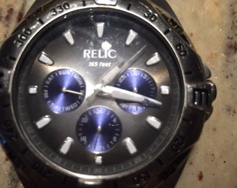Relic mens stainless steel 165 feet ZR15372 multi funtion blue / grey dial quartz watch(1c shipping)