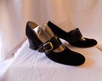Vintage Black MOD Suede Leather Mary Janes Size 9