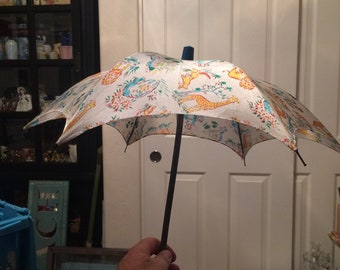 Child's Play Umbrella, Made by SKK of Japan, Features zoo animals.