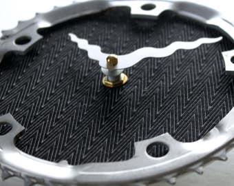 Bicycle Gear Clock - Modern Zig Zag | Bike Clock | Wall Clock | Recycled Bike Parts Clock